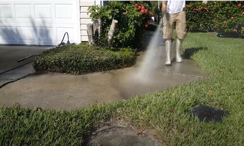 Burnaby Pressure Washing outdoor concrete cleaning